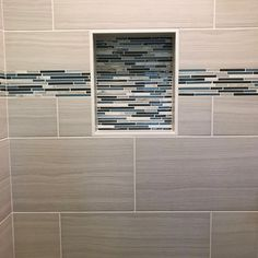 Accent Tile Shower Niche Shower Niche Trends : Modern shower niches, two tone shower niches and using accent tile in your shower niche will give your shower a great WOW factor.