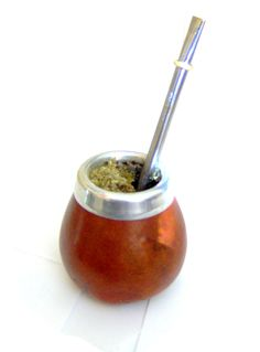 Drinking yerba mate is something that every tea enthusiasts should try. Once you try it, you'll want to know where to buy yerba mate - read on to learn Love Eat, Love Food, Yerba Mate Tea, Coffee Reading, Wine And Beer, Healthy Alternatives, Allergies, Tea Time, Peppermint