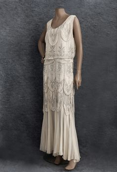1930s Clothing at Vintage Textile - this would make an exquisite wedding gown