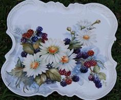Daisies and Berries