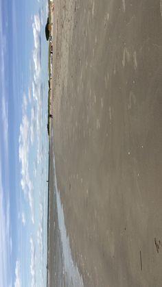 Check out the endless beach of Pärnu. Estonia really has amazing beaches. Beach Walk, Beach Fun, Nevada, Las Vegas, Beach Video, Beach At Night, Beach Quotes, Gap Year, Beach Photography