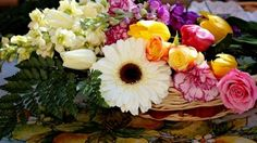 Preview wallpaper roses, carnations, gerberas, tulips, flowers, arrangement, basket 3840x2160