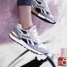 ❤️ Reebok LX 8500 by @sologr8 ・・・ #Reebok #reebokclassic #reebokclassics #reebokmurah #yesreebok #reebokcrossfit #girlsonmyfeet #gomf #girlonkicks #wdywt #womf #sneakersmag #sneakers #snkrs #sneakersaddict #sadp #sneakersoftheday #chicksonkicks #girlsonkicks #igsneakers #sneakerhead #snkrhds #highsnobiety #klekttakeover
