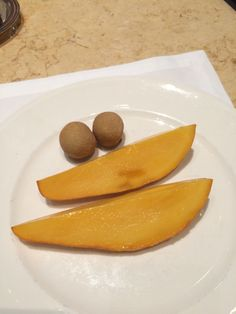 Grand Hyatt Erawan BANGKOK  朝食のマンゴー
