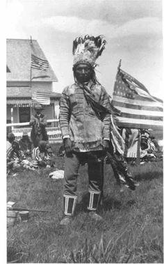 Blackfeet (Pikuni) man - date or name unknown.