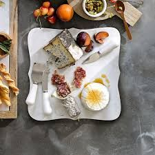 Scalloped White Marble Cheese Board I would love to have one of these for get togethers and parties. Marble Cheese Board, Cheese Boards, Mothers Day Breakfast, Best Mothers Day Gifts, Serving Board, New Years Eve Party, Williams Sonoma, Cooking Tools, White Marble
