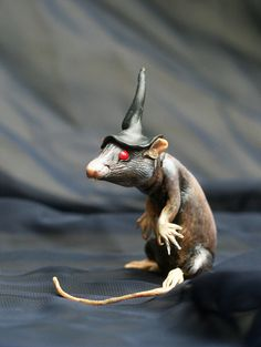 Halloween collection. Witch rat N1. Polymer clay by MadreOlly