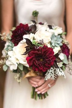 burgundy dahlias and blush roses fall wedding bouquet #weddingbouquets