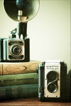 More vintage cameras...I have one of those argoflex 75s...so cool!