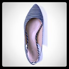 ☆70%off Land's End slingback Lucy pointed flats These cute Land's End slingback pinstriped flats are essential for every woman's spring & summer wardrobe! NWT, these beauties have a soft leather insole for good support and firm structure for the shoe. Cute Lucy pointed toe with canvas deep sea  pinstripes pair well with almost anything: a summer dress, shorts and a button down, capris, skinny jeans...possibilities are endless! Stretchy slingback provides comfort & security. Look chic and…