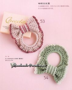 Crochet Bows, Crochet Flower Patterns, Crochet Gifts, Cute Crochet, Crochet Motif, Crochet Flowers, Crochet Hair Accessories, Girls Hair Accessories, Crochet Hair Styles