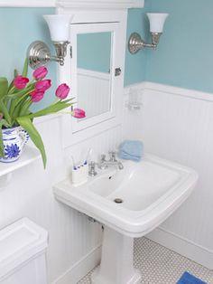Transforming a Bathroom on a Tight Budget : Home Improvement : DIY Network