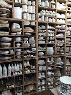 Adding pottery to your home décor is an innovative way of lighting it up and grabbing people's attention. As pottery is so diverse, incorporating it into your interior also offers the perfect oppor… Ceramic Tableware, Ceramic Pottery, Ceramic Art, Ceramic Store, Art Studio Design, Pottery Store, Candle Store, Studio Setup, Ceramic Studio
