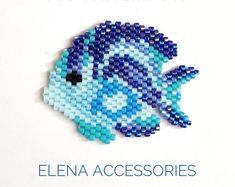 Reef fish blue brooch necklece PDF pattern for miyuki delika & toho treasure brick stitch peyote seed beads beading pattern - Pixel Art - Fisch Bead Embroidery Patterns, Seed Bead Patterns, Beaded Jewelry Patterns, Peyote Patterns, Weaving Patterns, Beaded Embroidery, Bead Jewelry, Mosaic Patterns, Bracelet Patterns