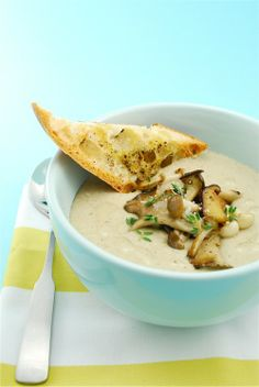 Mushroom Leek Soup ~ onions, shallots, leeks, truffle oil, white wine, olive oil, thyme, chili flakes(!)...