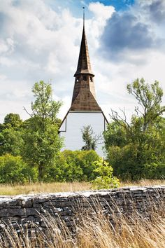 One of Gotland's many medieval churches, at Kräklingbo, Sweden. Photo: Ken Kochey