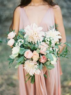 Organic European Inspired Wedding Ideas | Wedding Sparrow | Matoli Keely Photography