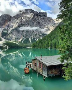 Lago do Braies, Italy