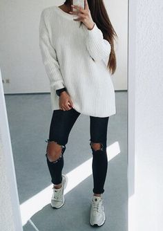 Its time to talk about my personal favorite hipster outfit inspiring ideas for mothers. Casual Outfits, Cute Outfits, Fashion Outfits, Fashion Trends, Fall Winter Outfits, Autumn Winter Fashion, Looks Jeans, Winter Stil, Outfit Goals