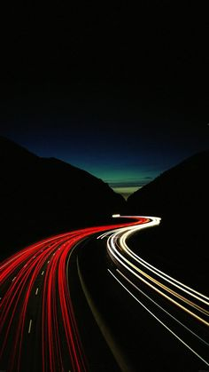 Wallpaper of long exposure Night Photography View of Vehicle Headlamps Light Trails background. Light Trail Photography, Night Photography, Street Photography, Exposure Photography, S8 Wallpaper, Wallpaper Backgrounds, Tiger Wallpaper, Wallpaper Paste, Amoled Wallpapers