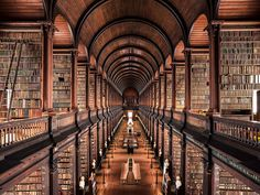 Stunning Photographs of European Libraries  French photographer Thibaud Poirier is behind a magnificent series entitled Librairies highlighting Europeans libraries. From Roma to Dublin including the Sorbonne in Paris and Berlin the artist takes us in these reading temples build in several times. He chose to photograph them as empty of readers.  #xemtvhay