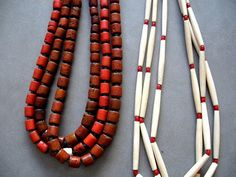 Multiple strings-could use silver beads with turquoise Brass Jewelry, Beaded Jewelry, Beaded Necklace, Necklaces, Jewellery, Diy Projects To Try, Silver Beads, Jewelry Crafts, Jewelry Making