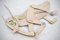 A lot of interesting cardboard projects Cardboard Animals, Cardboard Crafts, Paper Crafts, Diy Paper, Creative Activities For Kids, Fun Activities, Crafts For Kids, Kids Diy, Summer Crafts