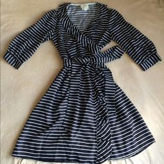 Kate Spade Daniella Dress Gorgeously gorgeous dress! Perfect for the office and dressy enough for special occasions. 100% silk. kate spade Dresses Midi