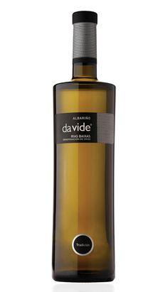 Diseño Etiquetas de Vino Packaging de Botellas, Estudio Marta Lojo