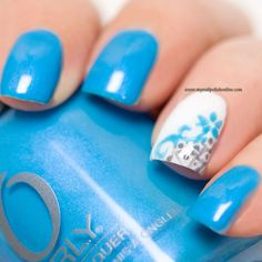 Nail Art – Lacy Accent Nail