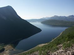 Interesting facts & features of Norwegian fjords (part Photo: Wikimedia Commons, Public Domain Greenland Travel, Norway Travel, Foggy Mountains, Norway Fjords, Scandinavian Countries, Tromso, Archipelago, The Good Place, River