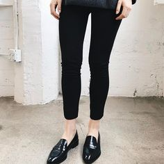 Two of the most versatile staples in every capsule wardrobe: classic black loafers and slim black pants. Goes with almost everything and could be worn on many different occasions. What's not to love?