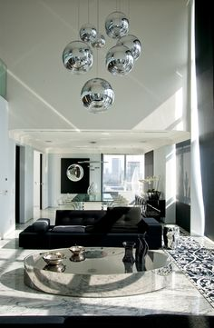 50 Magnificent Luxury Living Room Interior Design 50 Magnificent Luxury Living Room Interior Design The post 50 Magnificent Luxury Living Room Interior Design appeared first on Esszimmer ideen. Interior Design Gallery, Black Interior Design, Interior Design Living Room, Interior Decorating, Decoration Inspiration, Elegant Home Decor, Luxury Living, Modern Living, Living Room Lighting