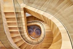 Staircase. http://m.interiordesign.net/slideshows/detail/8767-everything-they-could-want-and-more/  Image/ Interior Design Magazine.