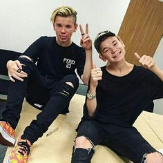 General picture of Marcus and Martinus - Photo 34 of 35 Bff Tattoos, I Go Crazy, Love U Forever, Actor Picture, Video New, Fangirl, Twins, Mac, Singer
