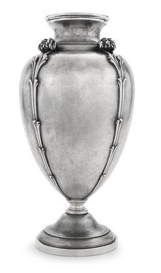 AN ITALIAN SILVER VASE, MARIO BUCCELLATI, MILAN, MID 20TH CENTURY with a matted ground, the sides applied with scrolling acanthus marked on base rim M.Buccellati, 800, Made in Italy, and 15/MI