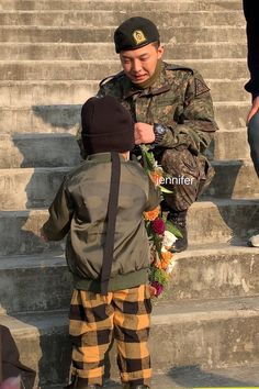 Few hours ago on morning of October BIGBANG's leader G-Dragon stepped out in front of numerous fans and press gathered at the site of his officia… G Dragon Top, Dragon Names, Jung Yong Hwa, Ji Yong, Daesung, Kdrama, Rapper, Yg Artist, Gu Family Books