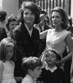 Jackie Kennedy with her children Caroline and John, and Lee Radizwill with son Anthony, in 1965