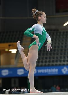 Gymnastics Costumes, Gymnastics Posters, Gymnastics Photography, Gymnastics Pictures, Acrobatic Gymnastics, Sport Gymnastics, Olympic Gymnastics, Olympic Badminton, Olympic Games Sports