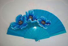 Beautiful azul. Fan .