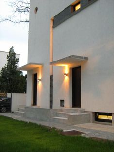 O casa in Vatra Luminoasa – O casa pe zi Modernism, Home Fashion, Restaurant, Mansions, House Styles, Home Decor, Modern Architecture, Decoration Home, Manor Houses