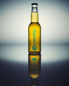 Ein #packshot des neuen #Luzerner #bier #stadtpfütze kann in der #Bettstatt #bar getrunken und gekauft werden. http://ift.tt/2wM2yqU