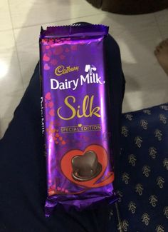 Ideas Dairy Milk Cadbury Silk For 2019 New Dairy Milk Chocolate, Silk Chocolate, Cadbury Dairy Milk, Cadbury Chocolate, Valentine Chocolate, I Love Chocolate, Chocolate Lovers, Chocolates, Dairy Milk Silk