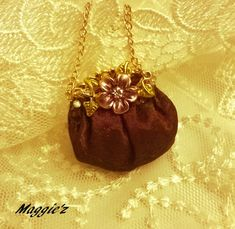 Hey, I found this really awesome Etsy listing at https://www.etsy.com/listing/510651837/dollhouse-miniature-hand-bag-purse