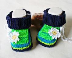 Babyschuhe+Babystiefel++von+strickliene+babyschuhe+auf+DaWanda.com