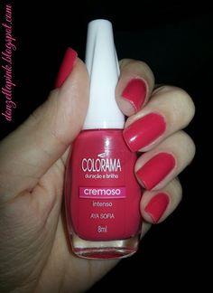 Lady in red - esmalte Aya Sofia da Colorama #unhas #nails