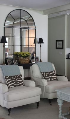 Family room - Love those chairs and pillows!