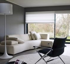 Bend, by B&B, is a sofa with a dynamic design and rounded, with numerous possibilities of compositions.