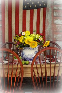summer table by lucia and mapp, via Flickr