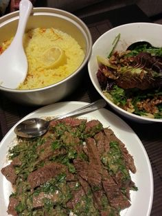 safron rice and lemon, minute steak with dijon mustard and pear and rocket salad in olive oil and balsamic vinegar. mmm